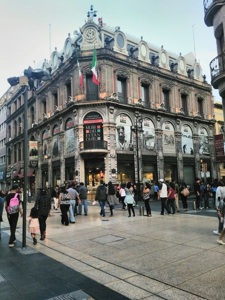 Architecture Large Group Of People City Street Building Exterior People City Built Structure Day Outdoors Travel Destinations Adult Men Crowd Sky Politics And Government King - Royal Person Adults Only Mexico Mexico City