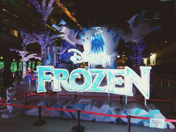 Let it go~~ 冰雪奇緣嘉年華 Frozen Disney 冰雪奇緣 迪士尼