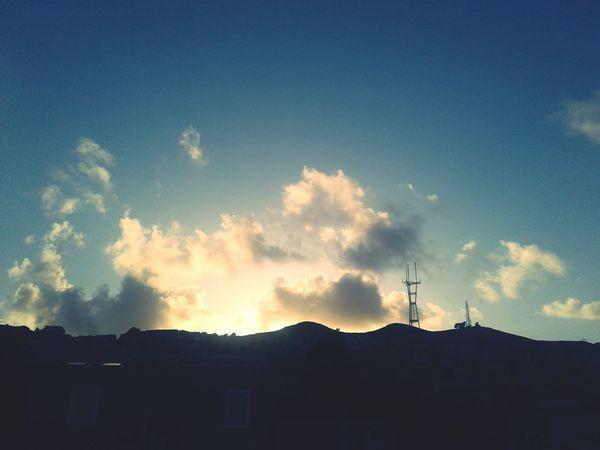 Noevalley San Francisco Built Structure Cloud - Sky Outdoors Sky Sunset Phoneography Scenic Eyeemphotography California Neighborhood Sutrotower