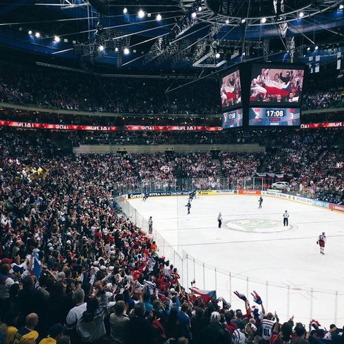 Thank you @cocacolaczechrepublic for inviting me to Msiihf2015 Iihfworlds Incredible atmosphere! 🔝Go Czech Go Hophophop