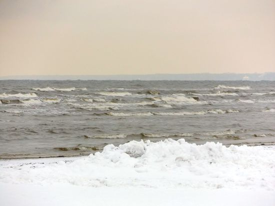 Sea Beach Nature Water Horizon Over Water Sand Sky Wave Beauty In Nature Outdoors Day Landscape No People Snow❄⛄ Latvia JurmalaBeach