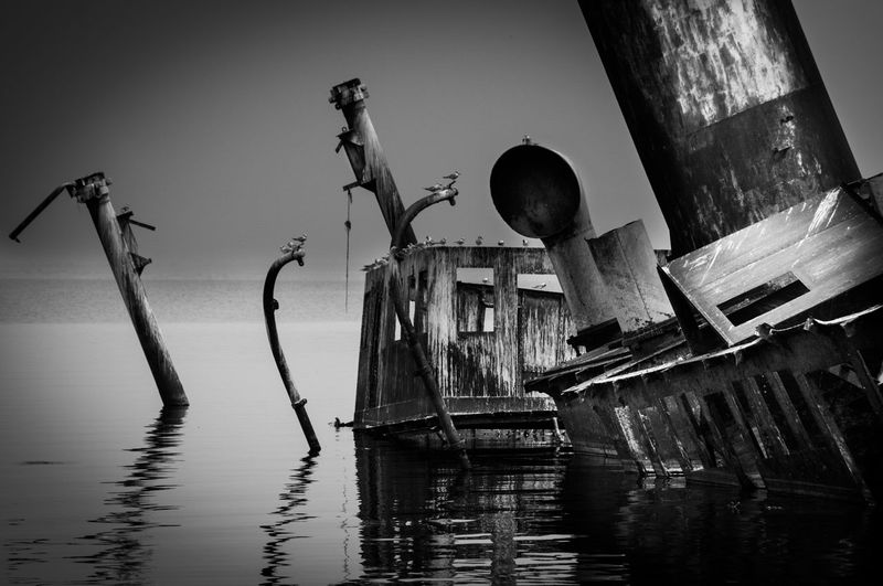 Africa Afrika Altmetall-Diebe Black & White Black And White Photography Day Hafen Hemmingway Lake Lake Albert Outdoors Robert Coryndon Robert Coryndon Sank In 1962 Schiffswrack Shipwreck Sir Winston Churchill Stahlgerippe Sunken Ship Uganda  Water Wrack Wreck
