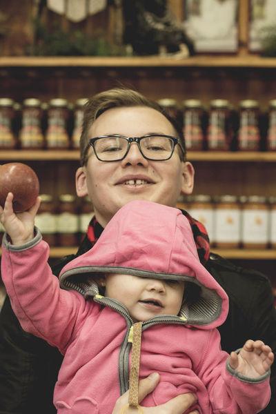 Daddy & a Honeycrisp.