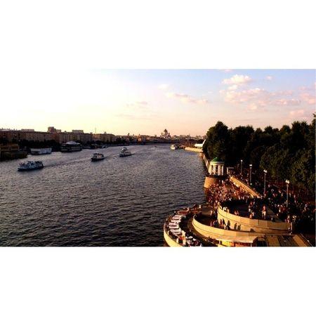 Soromantic Moscowriver River Park likethisplace wonderfulday withbf likeit 143 socool withNiks ?