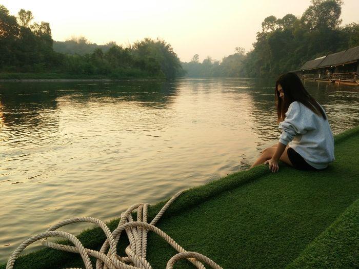 when my friend want a pic Taking Photos Hello World Relaxing Enjoying Life Riverside Kanjanaburi, Thailand Morning Sky Morning View