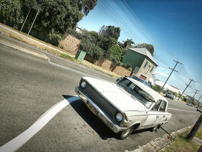 Old school ! Vintage Car Austrailia Suburb March Showcase Hello World Check This Out Hanging Out Item Photography Travel Newcastle Nobbysbeach Samsungphotography Lovephotography  Relaxing