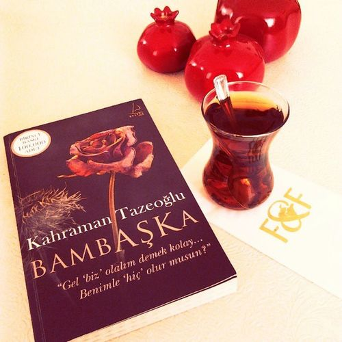 Teateam  çay Kitap Bamba şka book photoofday keyif instalove instaturkey instamood instagramturkey instagood bursa @kahramantazeoglu