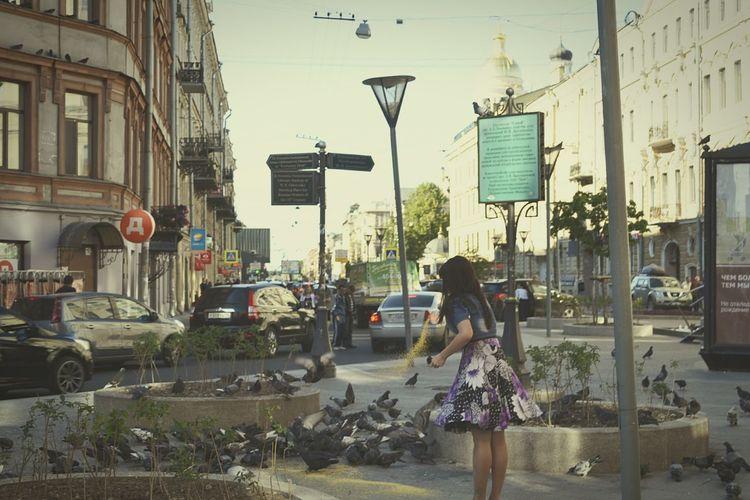 Good Times Onthestreet Birds Girl Summer Vladimirskaya Saint Petersburg