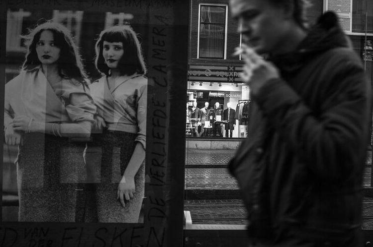 City Street Adult Adults Only People Lifestyles Outdoors Women Standing Portrait Composition Black & White Photography Black And White Photography Stillness Blackandwhite Stockholm, Sweden Man Affiches See The World Through My Eyes See EyeEm Selects