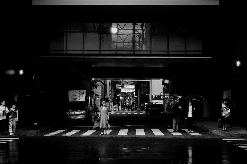 Crossing. Streetfotoq OSAKA Japan Streetphotography Blackandwhitephotography Fine Art Photography Finearts Rainy Outdoors Street Street Photography Blackandwhite Photography