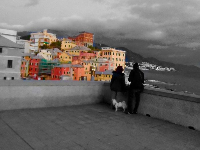 Stupore ad ogni età ..boccadasse [ge] Hanging Out Blackandwhite Street Photography Italy Hello World Streetphoto_bw Genova Popular Photos Enjoying Life City Instatagapp_instagood_iphonesia_photooftheday_instamood_igers_instagramhub_picoftheday_instadaily_bestoftheday_igdaily_webstagram_instagramers_statigram_igaddict_blackandwhite_iphoneartists_iphoneonly_jj_forum_iphonography_instagrammers_instaaddict_ EyeEm Best Shots Eye4photography  Splash Love EyeEmBestPics Colors I Love My City Color Splash Blackandwhite Photography Borghipiúbelliditalia Photo Sea