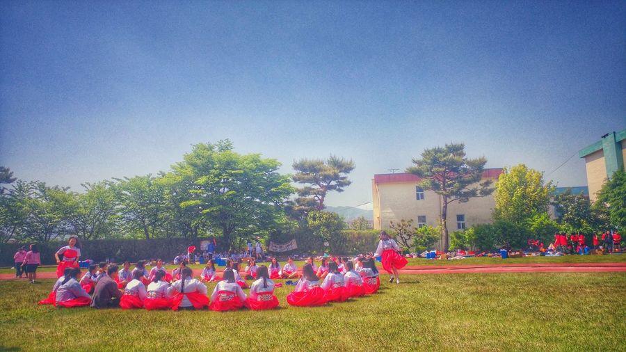 체육대회 Hanbok Highschool Students TakeoverContrast
