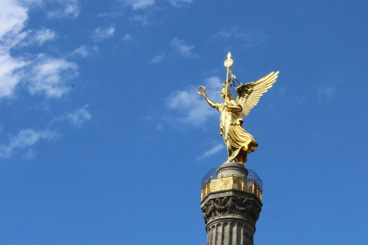 Angel Architecture Building Exterior Built Structure City Day Gold Gold Colored Goldelse No People Outdoors Sculpture Siegessäule  Siegessäule Berlin Sights Of Berlin Sky Victory Column Victory Column Berlin