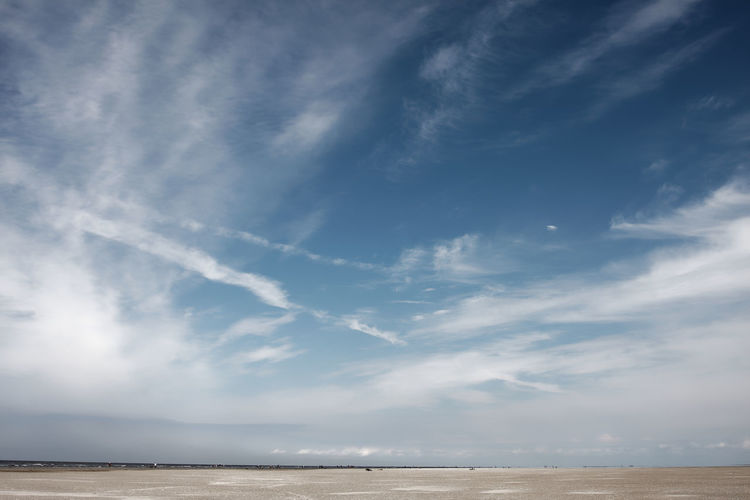 Sky Cloud - Sky Scenics - Nature Beauty In Nature Sea Water Tranquil Scene Horizon Tranquility No People Land Non-urban Scene Day Horizon Over Water Nature Beach Idyllic Outdoors Remote Salt Flat Lines