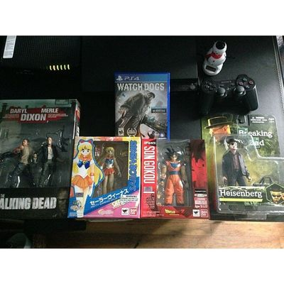 Pppackage from Bbts plus Watch_Dogs from Gamestop for the PS4 Too bad I work tonight