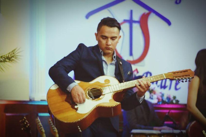 LYNN Church Worship Guitar Live Music Play Guitar  Guitarra