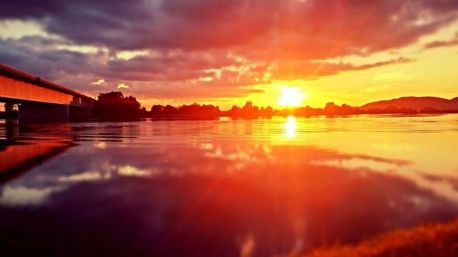 Beautiful Ferne Welten Reflected Glory