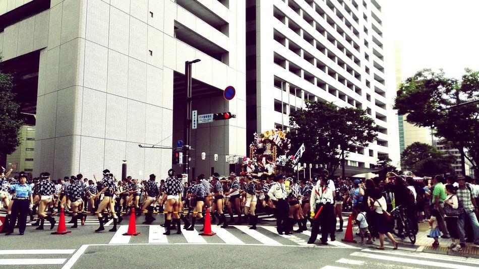 集団山見せ~福岡市役所前~ 博多祇園山笠 Taking Photos Japanese Festival Yamakasa Traditional Culture Fukuoka,Japan 福岡市中央区