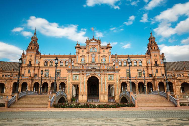 Plaza de espana against sky