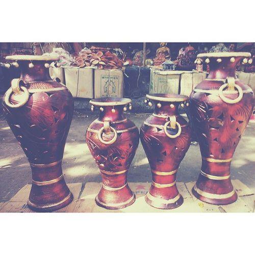 Vscocam Handcrafted Artistic Flower pot vase rings picoftheday bestoftheday streetphotography fleamarket indiacolors instaindia instaart gf_India gf_daily igdaily ig_india igramming_india incredibleindia ig_indiashots jj_global jj_forum vscoedit vscogrid vscoclick vscoclick htcones nothingisordinary Jabalpur