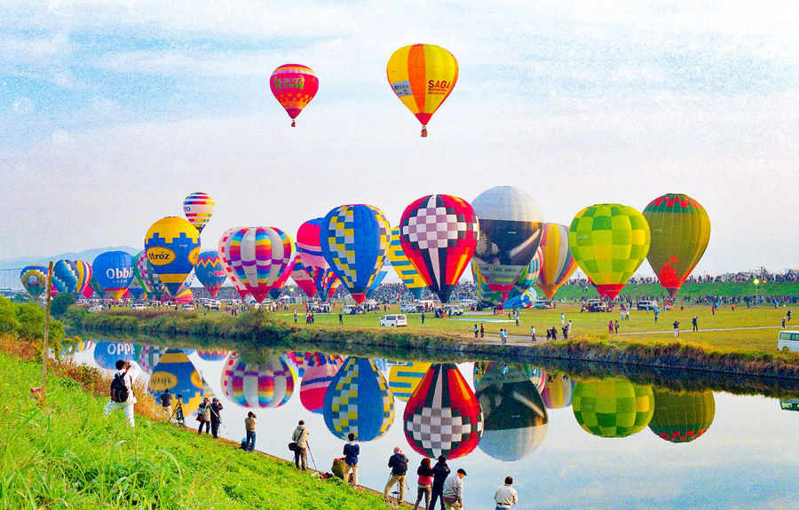 Hot Air Balloon Flying Ballooning Festival Balloon Outdoors Beauty In Nature Japan Reflection Reflection Photography Reflection In The Water Film Photography Film Camera Film135