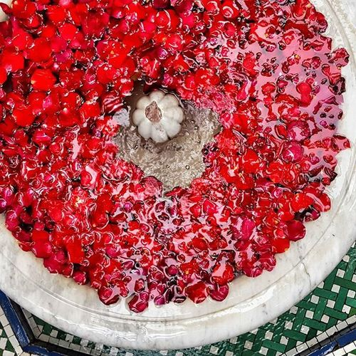 Morocco Marrakesh Marrakesh2015 Colorful Cute Emotions People Photography Picture Travel Street Insta_marocco Marocco Market Medina Medinah Red Fountain Roses