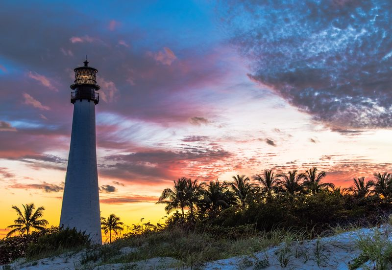 Sky Golden Hour Travel Destinations Low Angle View Travel Outdoors Tranquil Scene Tranquility Scenics Landscape Florida Key Biscayne Key Biscayne Lighthouse Lighthouse Bill Bags State Park Cape Florida Lighthouse