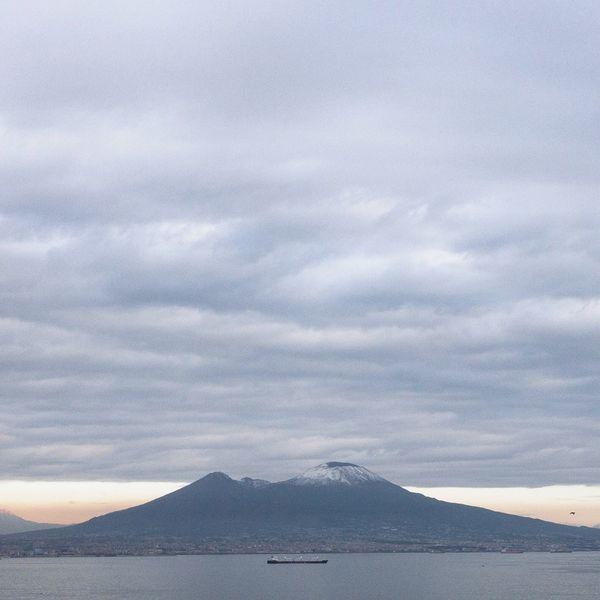 Iphone6s Gulf Of Naples Golfo Di Napoli Vesuvius  Vesuvio Beauty In Nature Scenics Nature Tranquil Scene Cloud - Sky Tranquility Sky No People Landscape Sea