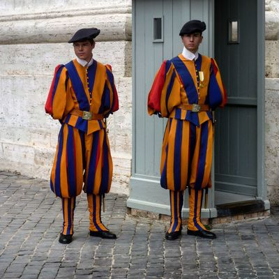 Swiss guards Photanaka Showcase: November Vatican Italy Swiss Guard Portrait Portraits