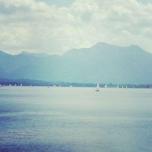 Schiffe gucken. Chiemsee Unterwegs Oberbayern Sommer2014 juni twinklinstar