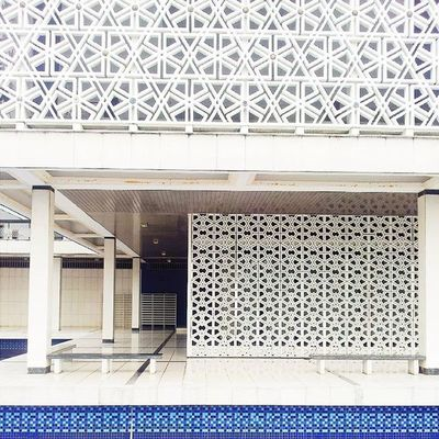Steal me from myself, hide me somewhere in your heart Happy weekend! Projekweekendmaknani Projekmasafree Projektekansajapedalminyakitu Architecture Mosqueinmalaysia Mosque Malaysia MasjidNegaraSeries