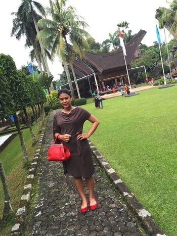 Tamanmini Sulawesiselatan Redcolor  AfterWedding Take A Picture haha