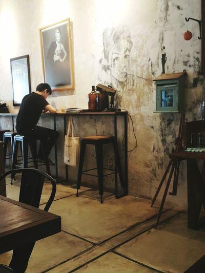 Blue Doors Cafe, Bandung