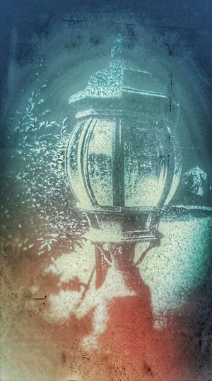 Lantern Light Winter Lantern Seasons Greetings ! Close-up EyeEmNewHere Beauty In Ordinary Things The Week On EyeEm Autumn In Indiana Outdoors Beauty In Nature First Eyeem Photo Countryside Glamour Norman Rockwell Inspired Regal Entrance Breathtaking Beauty Colors Are More Fun
