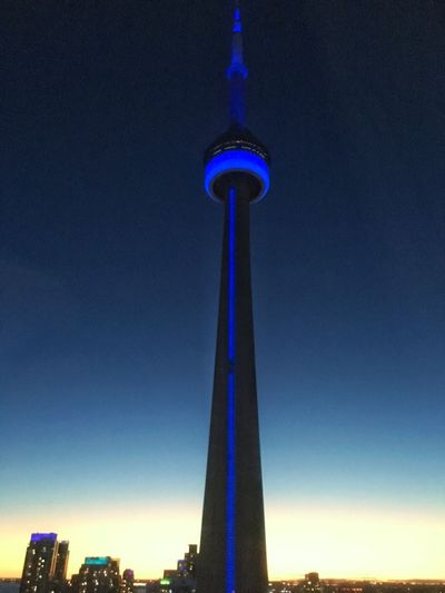 IPhone IPhoneography The6ix Toronto Skyscraper Cntower Snapseed