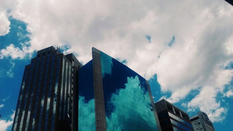 Cloud - Sky Sky Architecture Outdoors No People Skyscraper Day Prédios Building Exterior Fotografia 3XSPUnity CeuAzul
