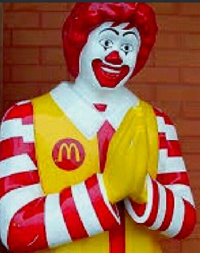 Redhead RonnieMcDonald Check This Out Ronald  Redhair Red Hair Praying Male Likeness Human Representation Clown Put Your Hands Together RonaldMcDonald Ronald McDonald House Mc Donald's Ronald McDonald Taking Photos Ronnie McDonald Ronnie Mc Donald Ronaldmcdonaldhouse The Face Of McDonald's Macdonalds McDonald's Mcdonalds I'm Lovin' It I'm Lovin' It ® I'm Loving It Mickey D's McHappy Day McCafe McDonald's International