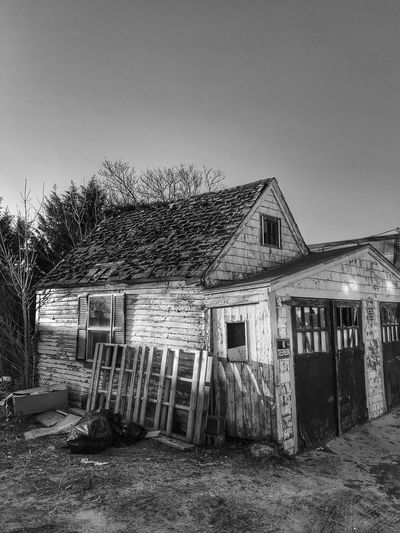 Fixer upper Bnw_collection Blackandwhite Built Structure Architecture Building Exterior Sky Building Day Clear Sky Abandoned Run-down