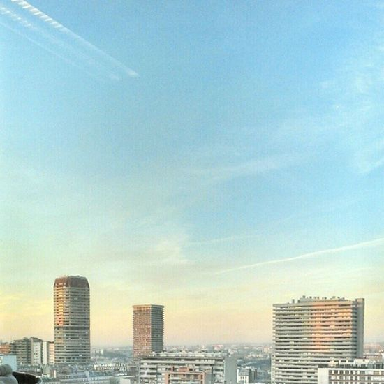 La vue qu'on avait ce matin Sky Paris View Tolbiac