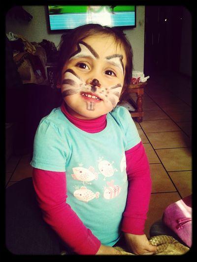 Mi pequeñita Hermosa te amo hija ..