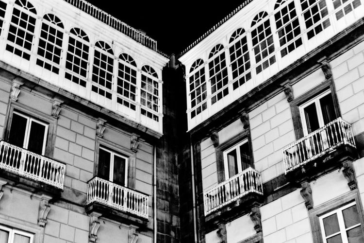 Architecture_bw A Coruña Galleries Streetphoto_bw Nightwalk Black And White La Coruña Monochrome Night Photography Urbanphotography Plaza María Pita