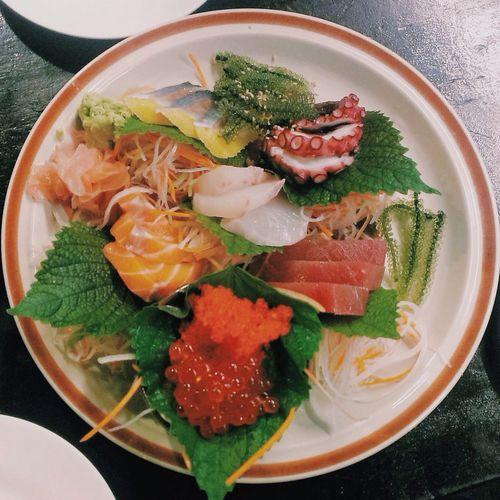 Sushi Eating màu mè