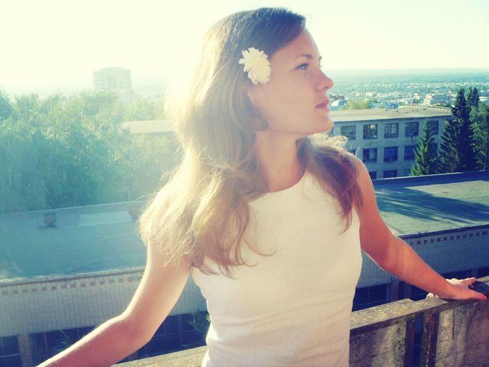 ))) Relaxing