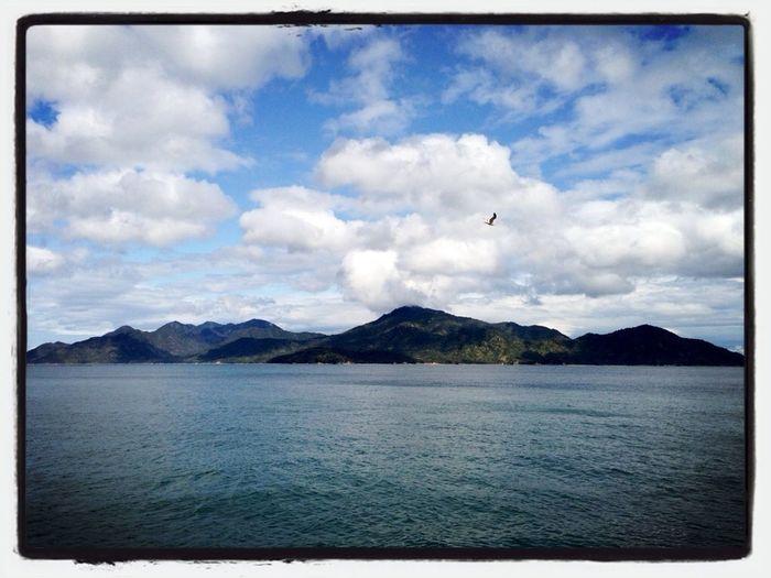 珍しく山口側から宮島を望む