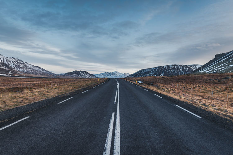 Icelandic roads are hard to beat. Road Roadtrip Road Trip Iceland Iceland Trip Cold Temperature Mountains Transportation Scenics Scenic Car Drive Beauty Tarmac Winter