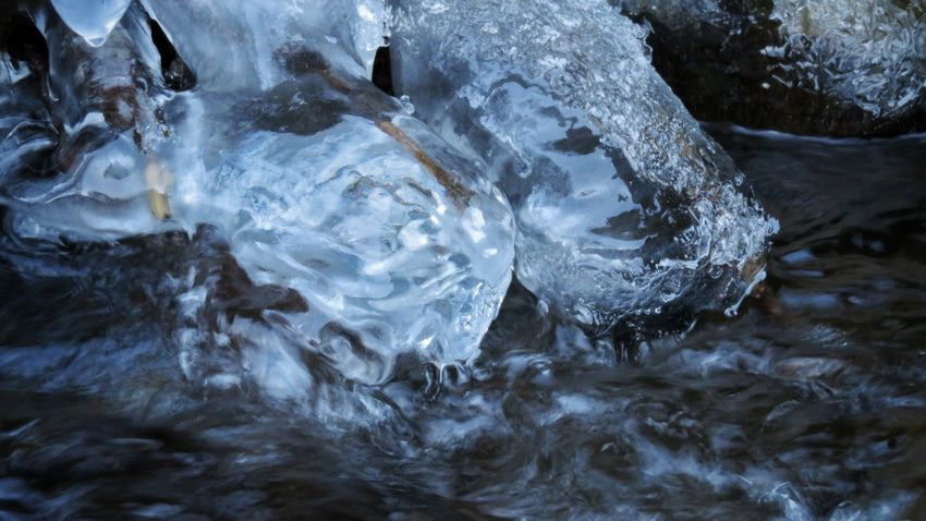 No People Nature Outdoors Frozen Ice Water Beauty In Nature Day Close-up Glacier Glacial River View Beautiful Colors Ice Crystals Ice Ice Crystal Beautiful Tranquility Winter Nature Allier Auvergne Cold Temperature Canon Canonphotography