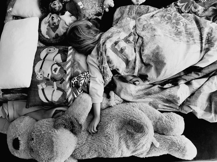 Sleeping Child Bedtime Bed Time ♥ Bedroom Black And White Portrait Girl Black And White Collection  Blackandwhitephotography Black And White Photography Black&white EyeEm Best Shots - Black + White Blackandwhite Photography Black & White Blackandwhite Black And White EyeEm Gallery Snapshots Of Life Portrait EyeEm Best Shots