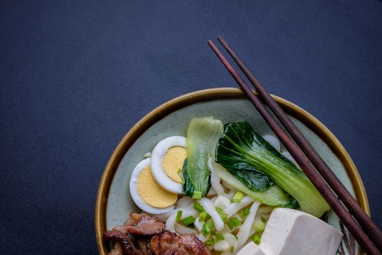 Black Background Chopsticks Close-up Cultures Day Food Food And Drink Freshness Healthy Eating Indoors  Japanese Food No People Noodle Ready To Eat Ready-to-eat Serving Size Tofu Udon Udon Noodles