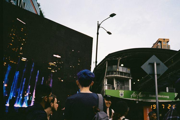Blue hair, blue