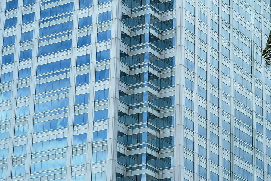 Building Reflections . Building Buildings & Sky Buildings Architecture Buildinglover Buildingphotography Building Reflections Architecture Built Structure Building Windows Architectural Detail Architecture Photography